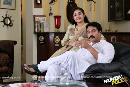 Mumbai-Police-Malayalam-Movie-Stills-2013-11