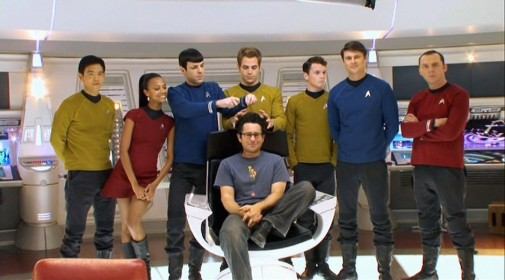 JJ-Abrams-and-the-Cast-of-Star-Trek-2009-Movie-Image-e1353006821355